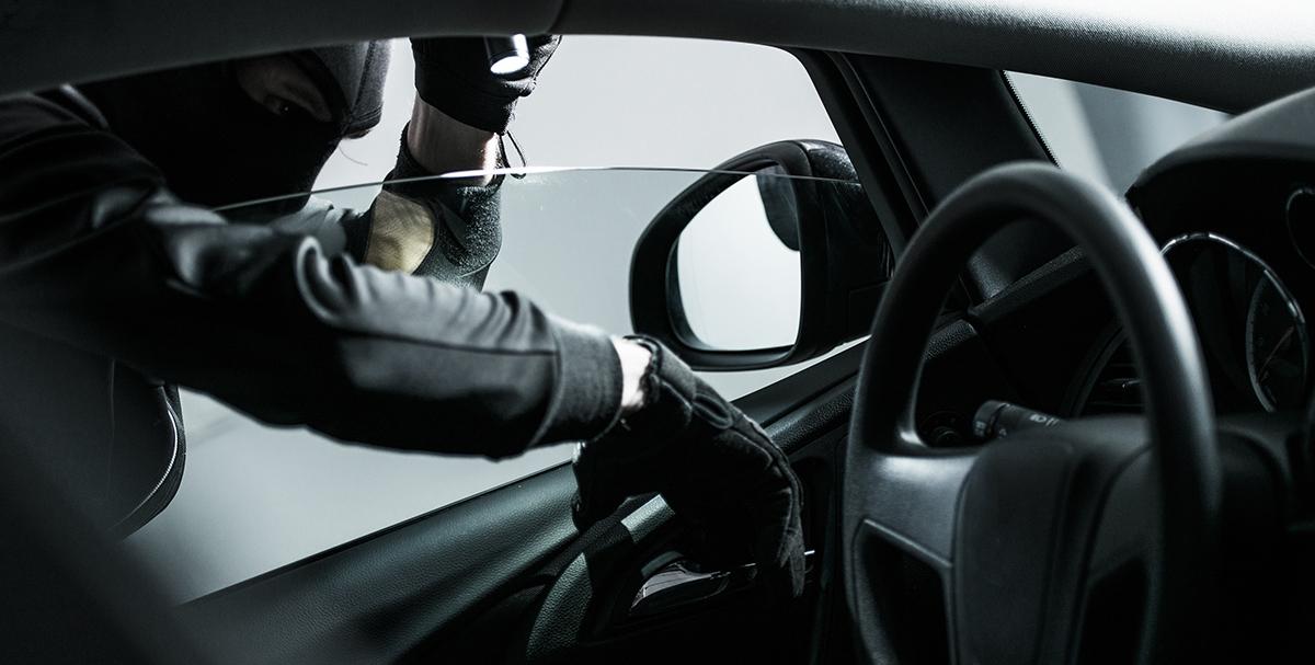 ¿Cómo saber si el coche que quieres comprar es robado?
