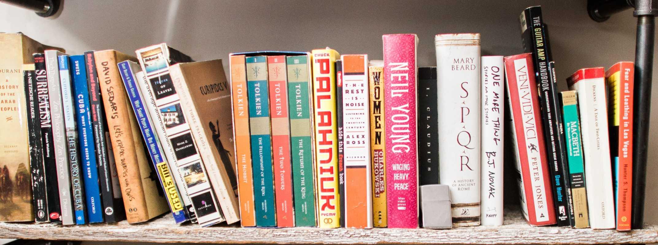 Motor y libros