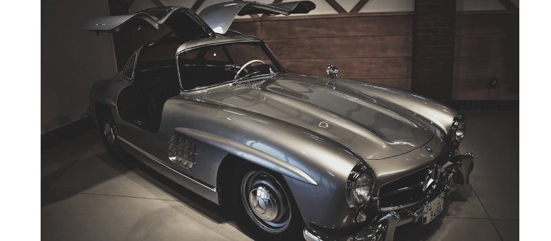 El coche 007